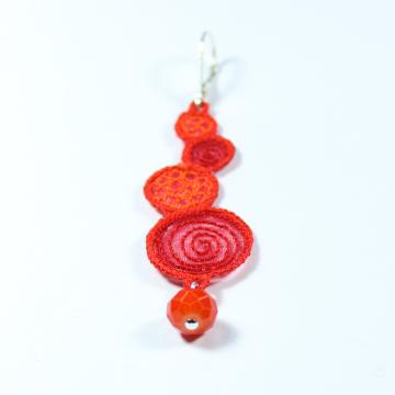 Boucles spirales  corail rouge orange détail